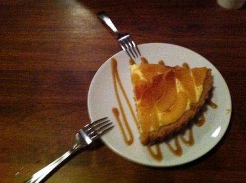 gluten-free pear tart