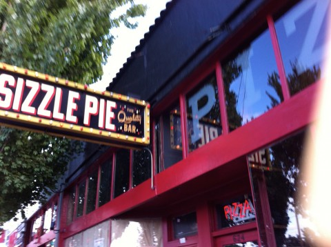 Sizzle Pie on East Burnside